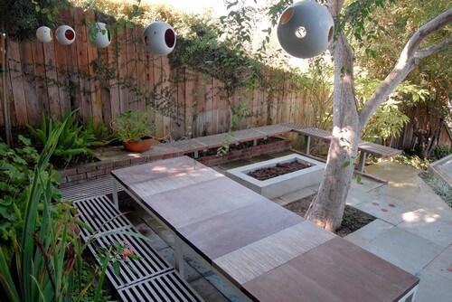 Modern Birdfeeders A Natural Backyard Theme